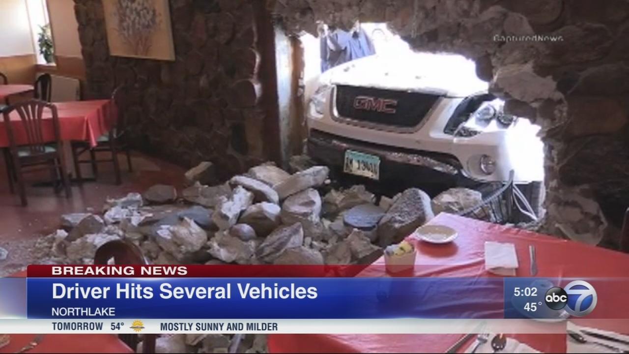 Pothole causes destructive accident in Northlake