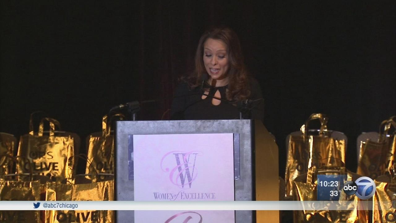 Leah Hope emcees Phenomenal Women Awards