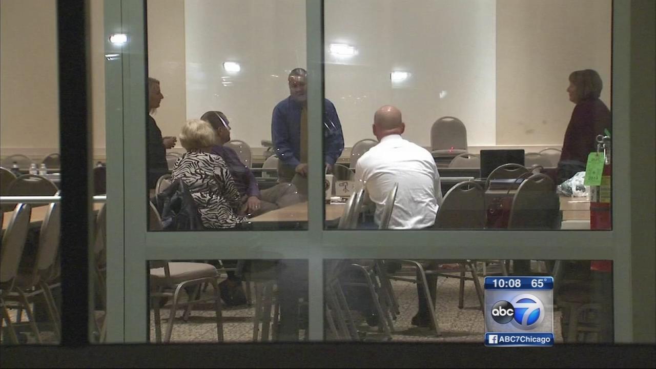 Teachers union, school board negotiate as strike looms