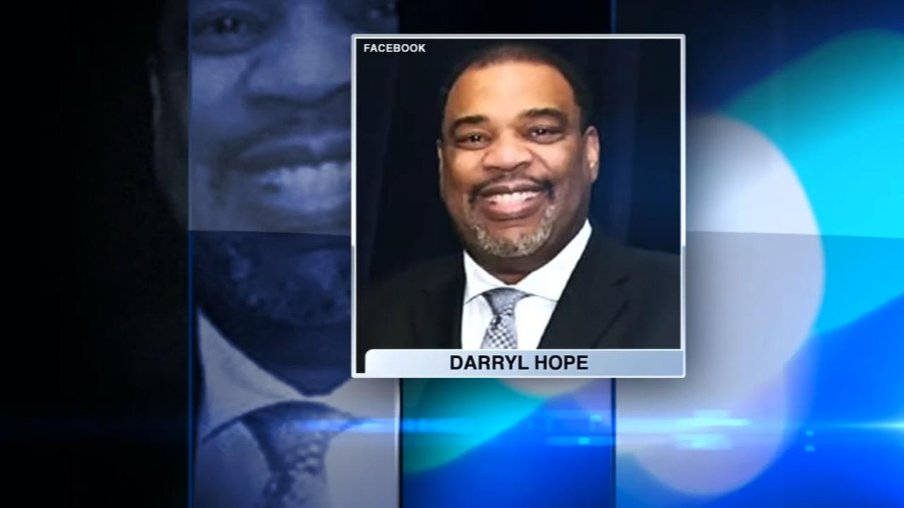 Dolton police detective wounded in Chicago shooting awaiting surgery