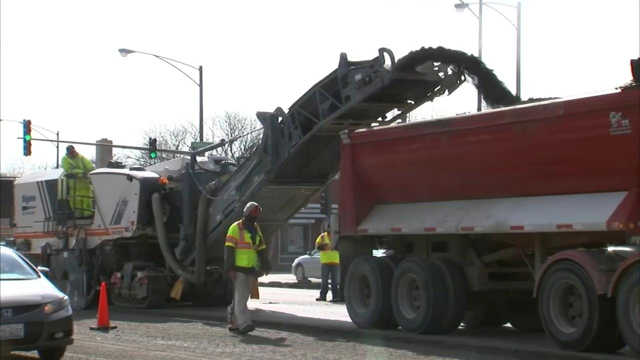 City crews to repave more than 200 miles of Chicago streets this year