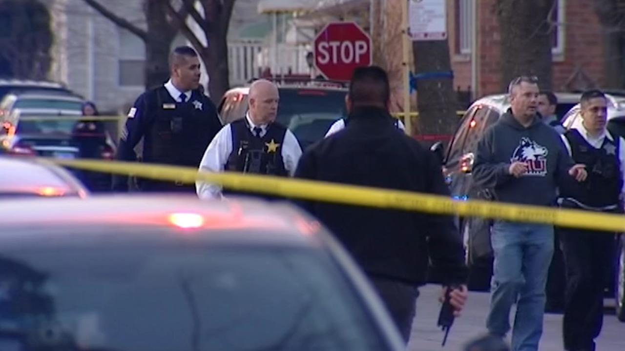 Police: Retired officer fatally shoots would-be carjacker in Bridgeport