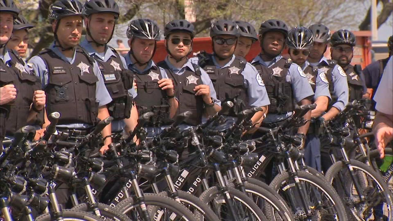 Chicago Police Department adds bike patrols