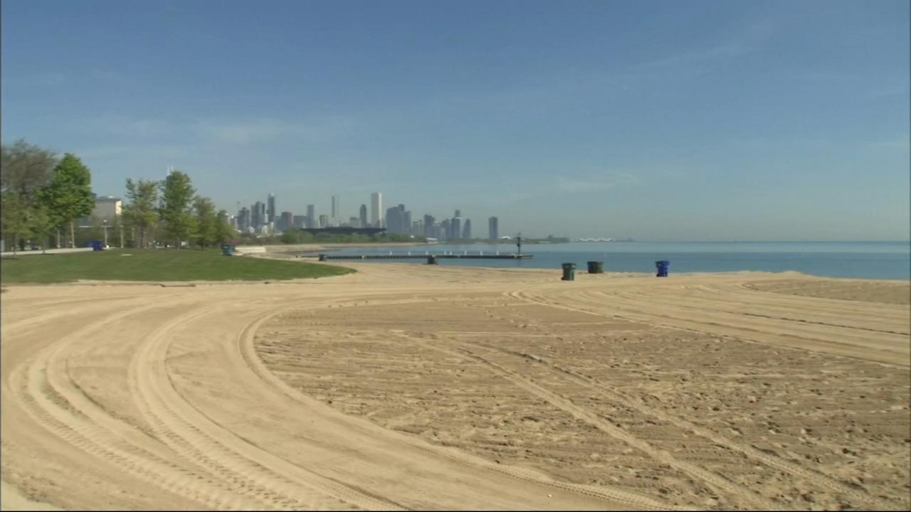 Weather warms up, but Lake Michigan stays cold