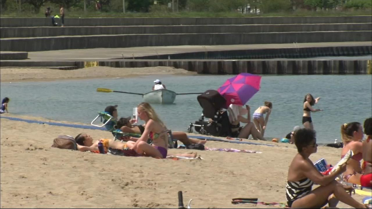Memorial Day Weekend: Lots of sun and fun at the beach in Chicago
