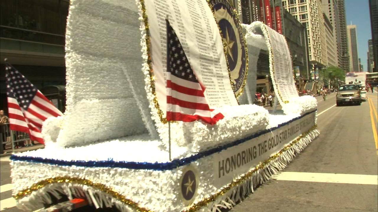 Memorial Day Parade held in Chicago