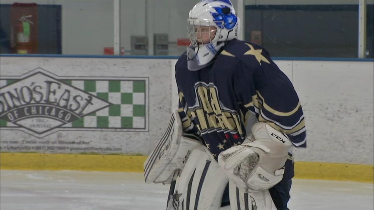 Teen who lost eye overcomes as goalie for hockey team