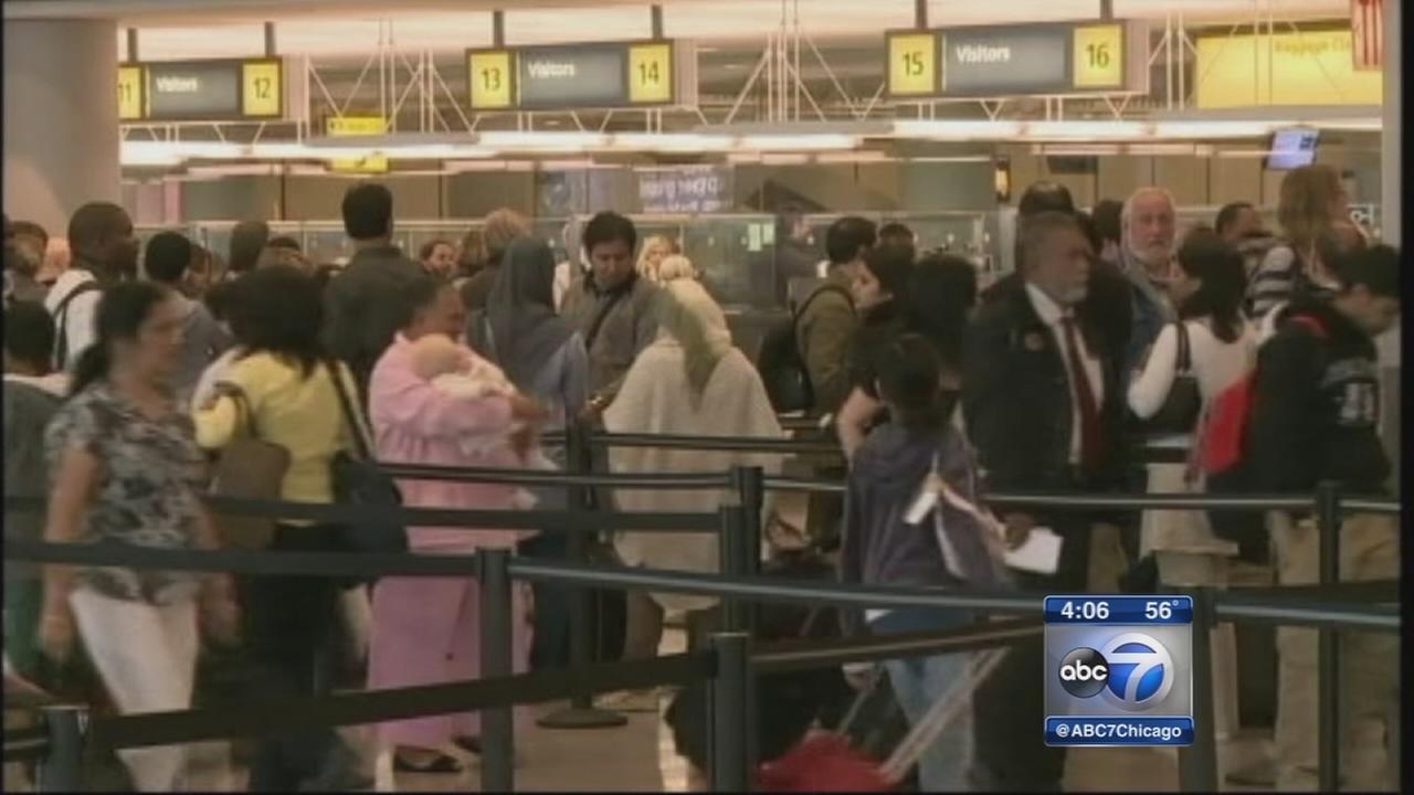 Ebola virus entry screenings begin at OHare