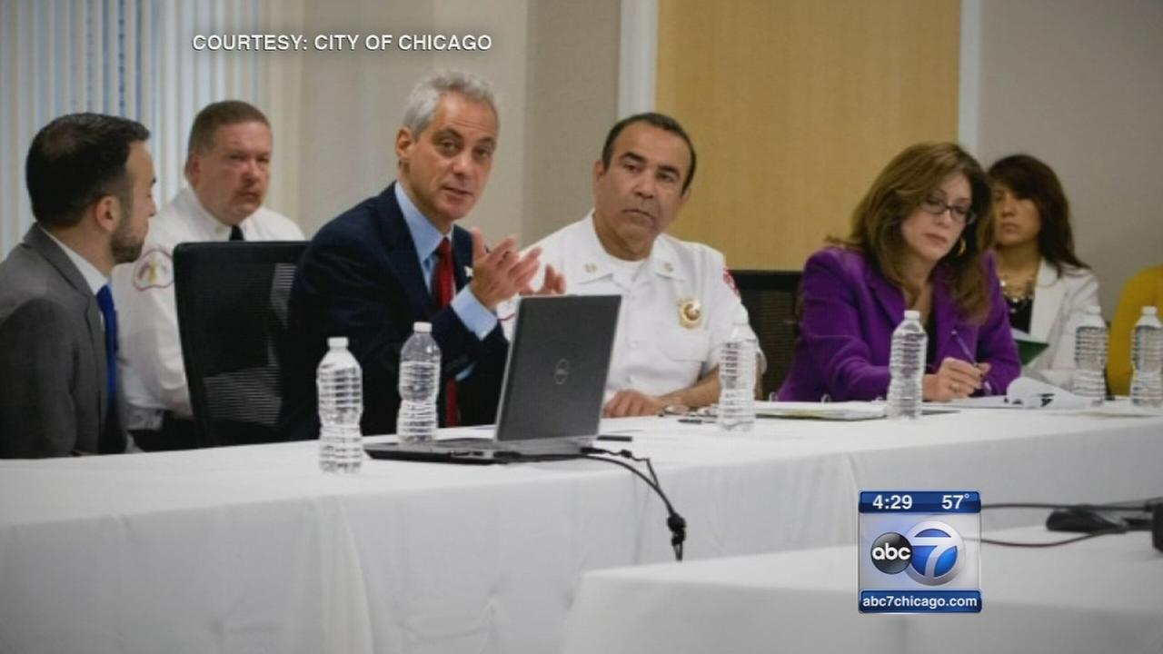 Politicians, healthcare executives say Chicago Ebola plan in place