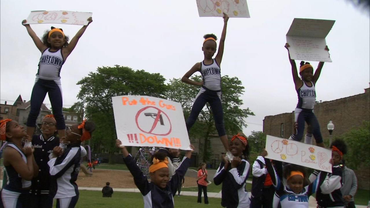 Community marks Hadiya Pendletons birthday with Wear Orange Party for Peace