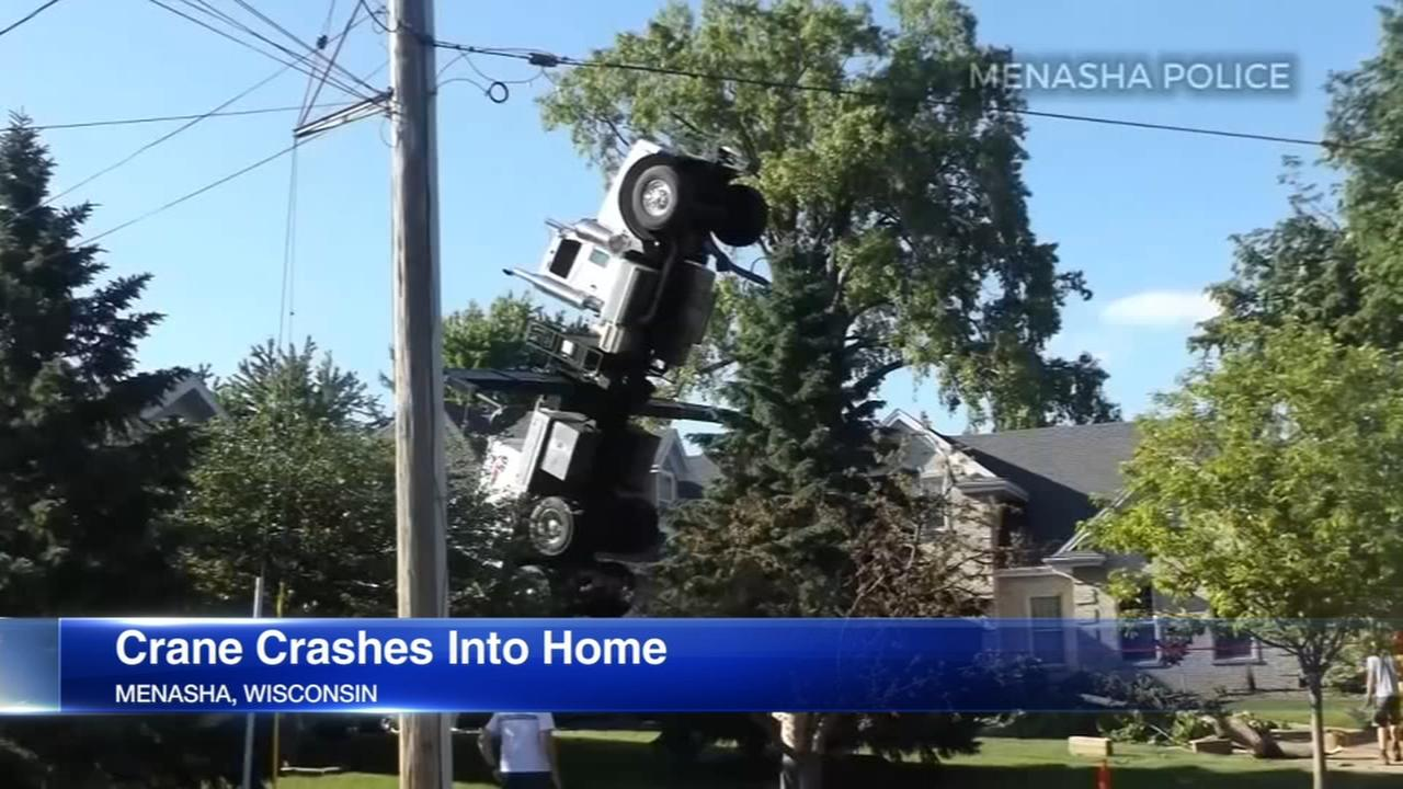 Crane crashes into Wisconsin home