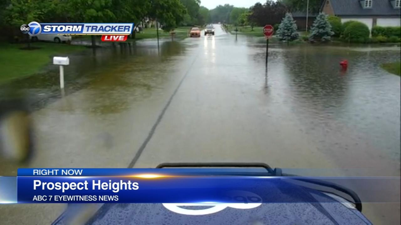 Chicago Weather: Heavy rain causes flooding in northern suburbs