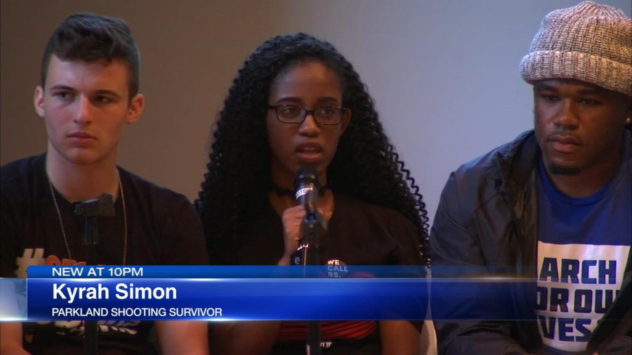 Parkland school shooting survivors participate in gun violence town hall in Naperville