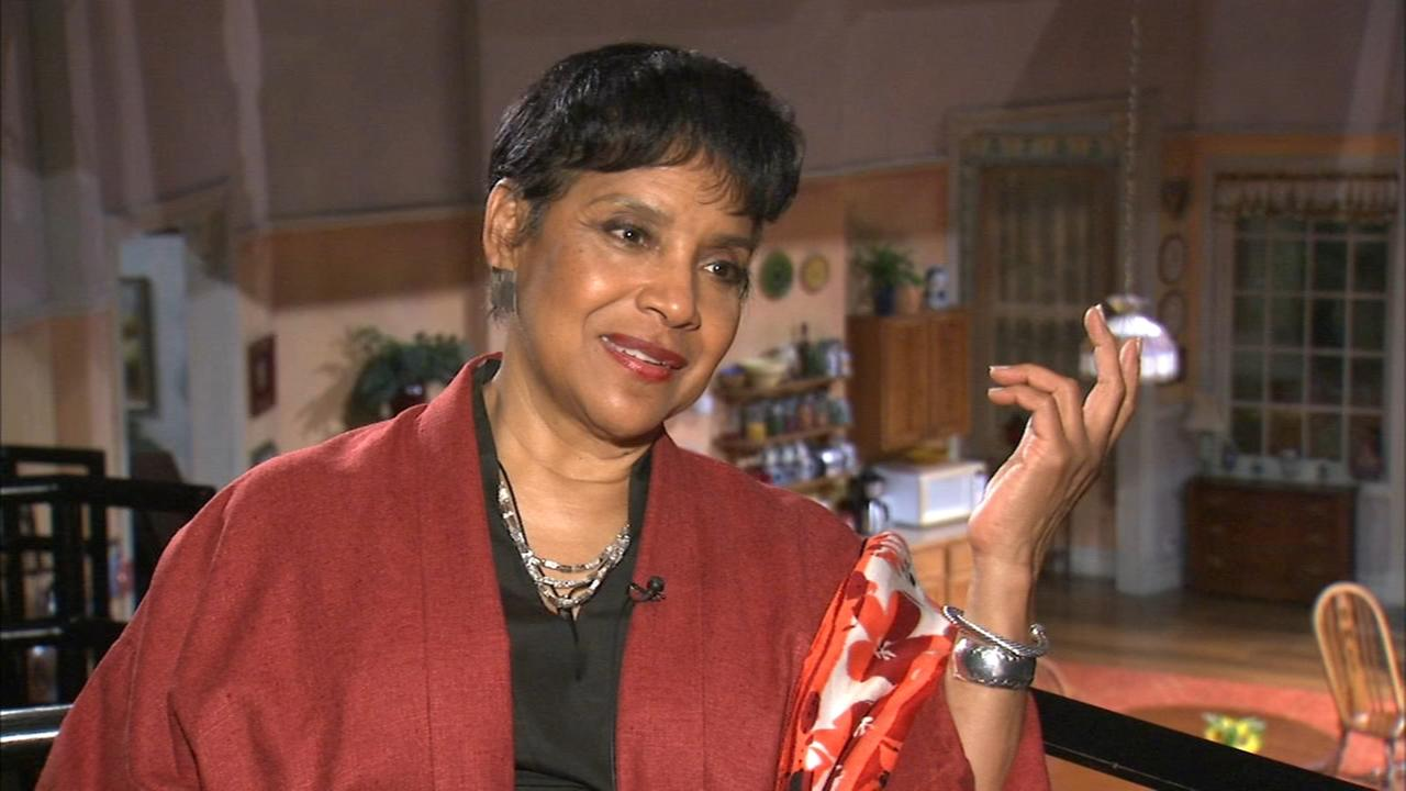 Phylicia Rashad directing The Roommate at Steppenwolf Theatre