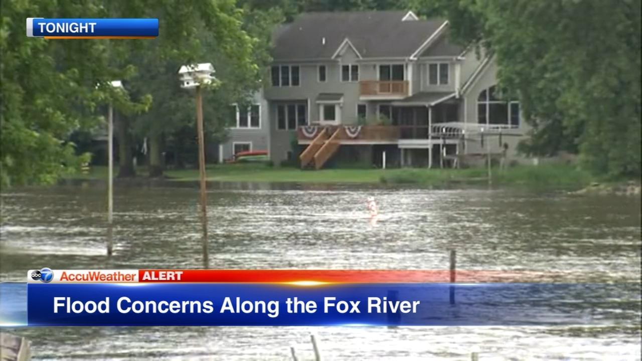 Chicago Weather: Heavy rain floods roadways across area, raise concerns along rivers