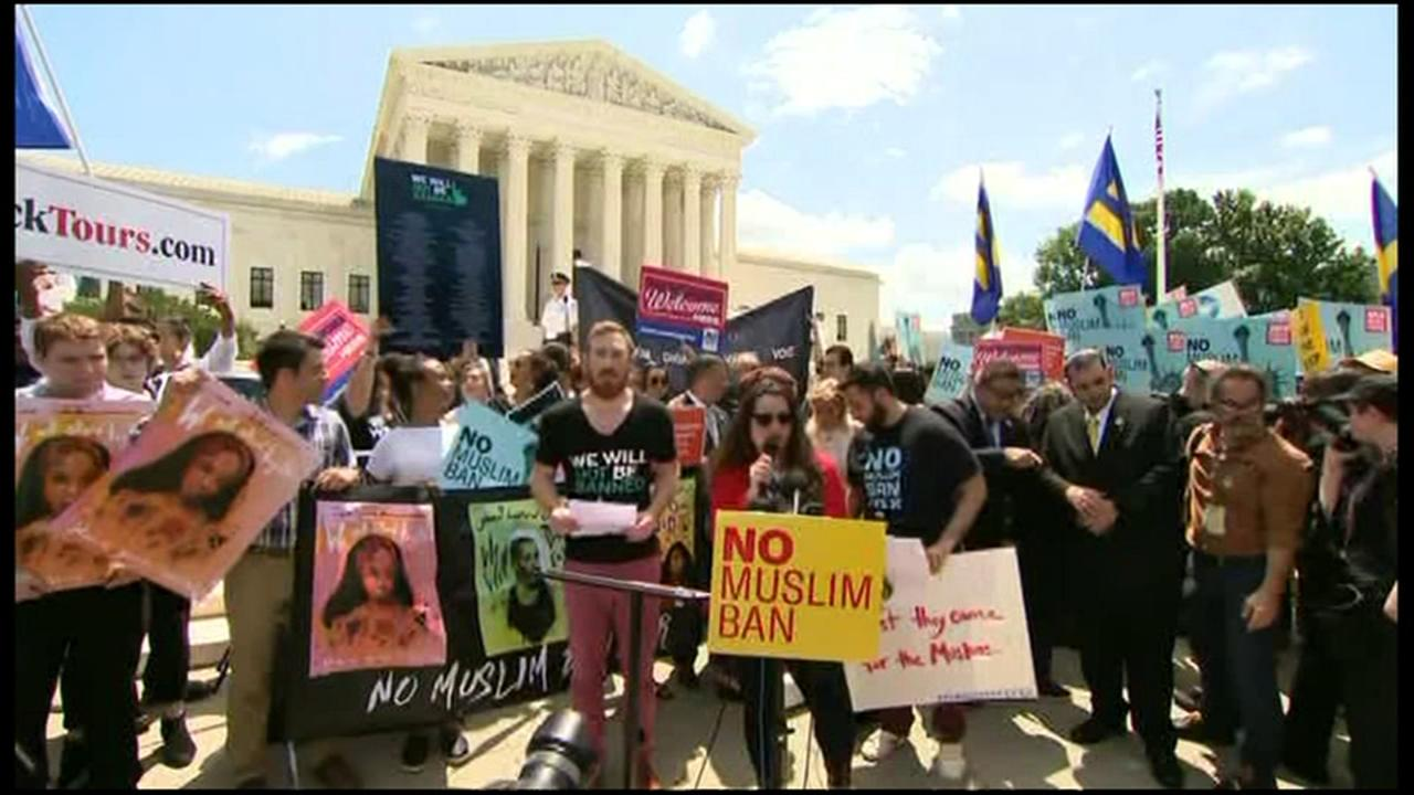 Muslim groups denounce Supreme Court decision upholding Trumps travel ban