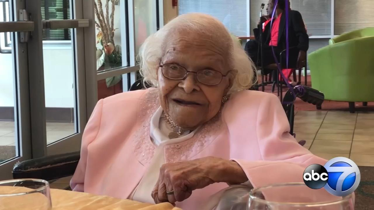 Chicago woman celebrates 108th birthday