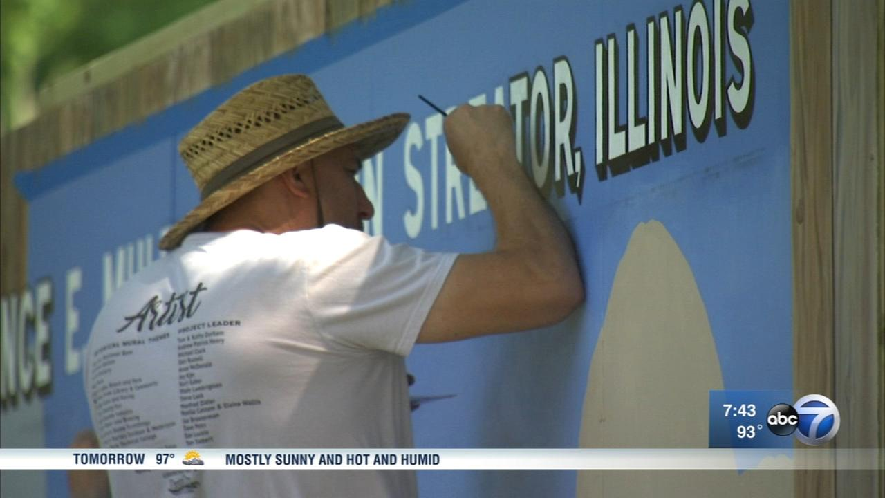 Walldogs bring history-filled murals to Streator