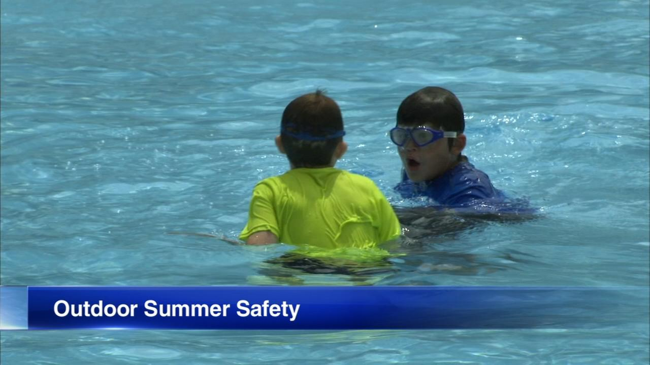 How to keep kids safe while playing outside this summer