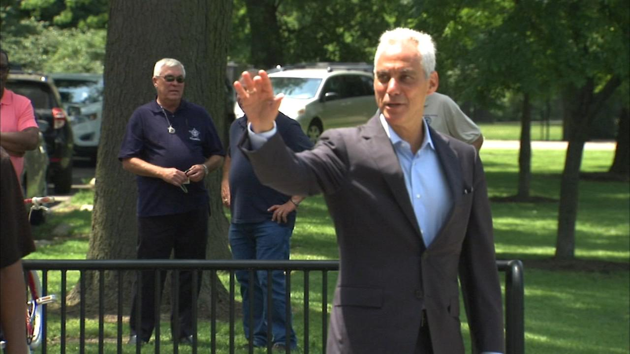 Emanuel outpaces rivals in campaign contributions
