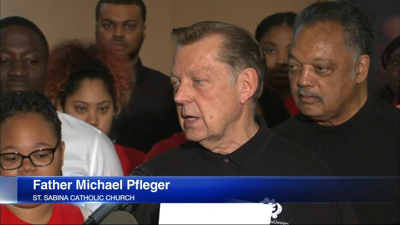 Fr. Pfleger pushes forward on Dan Ryan march despite police opposition