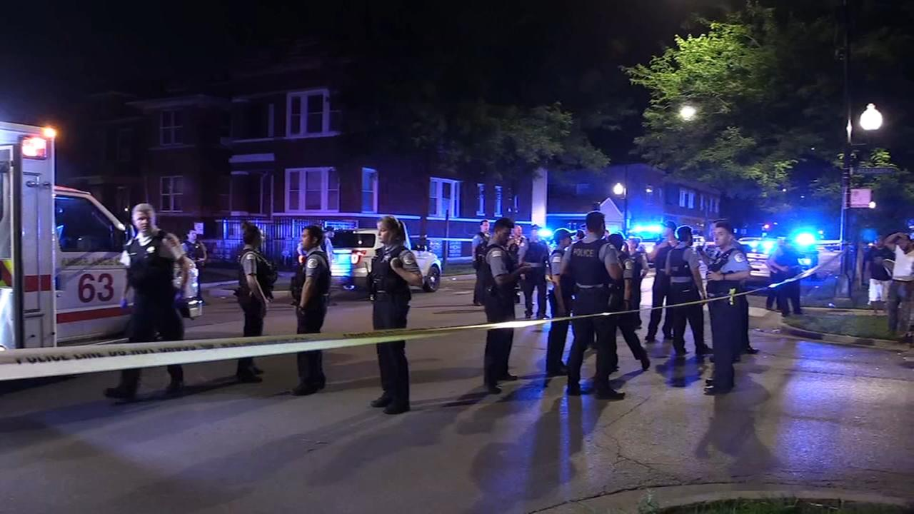 Chicago police exchange gunfire with suspect on NW Side