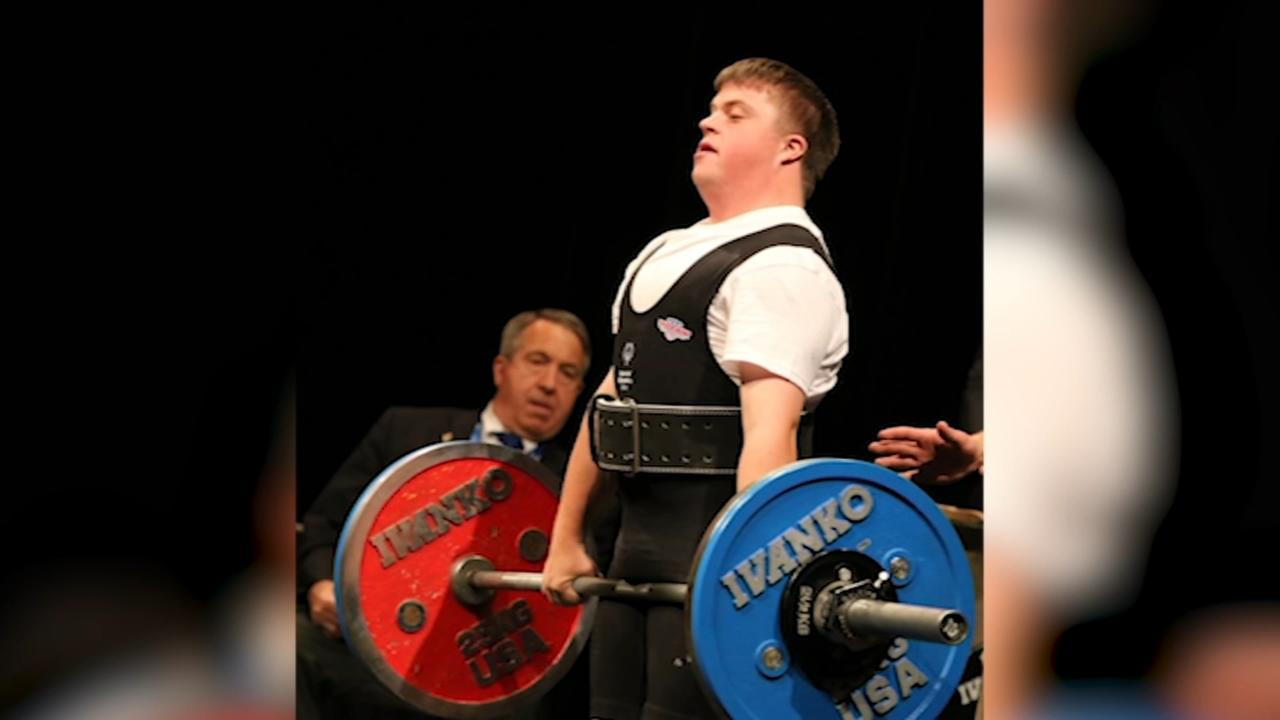 Chicago powerlifter competes in Special Olympics in Seattle
