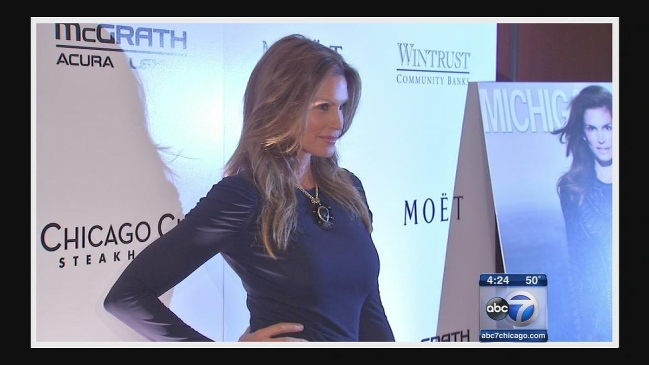 Cindy Crawford talks with ABC7?s Janet Davies