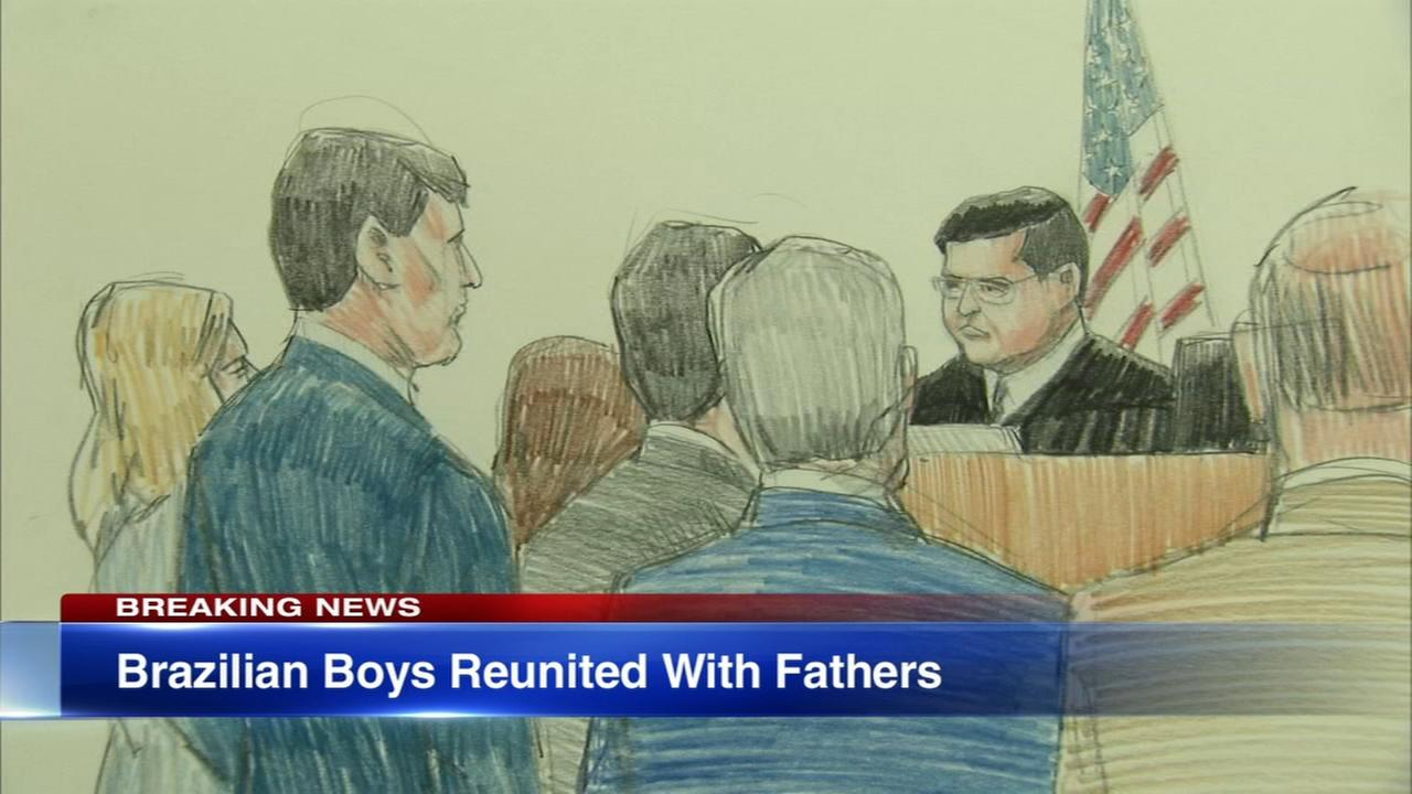 2 Brazilian boys who were being held in Chicago reunited with fathers
