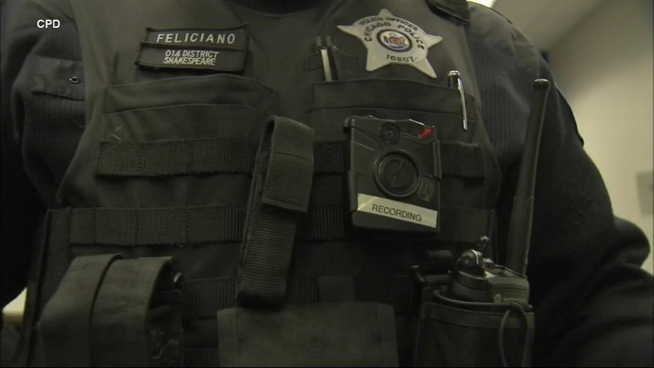 Focus on body cameras after latest Chicago police shooting
