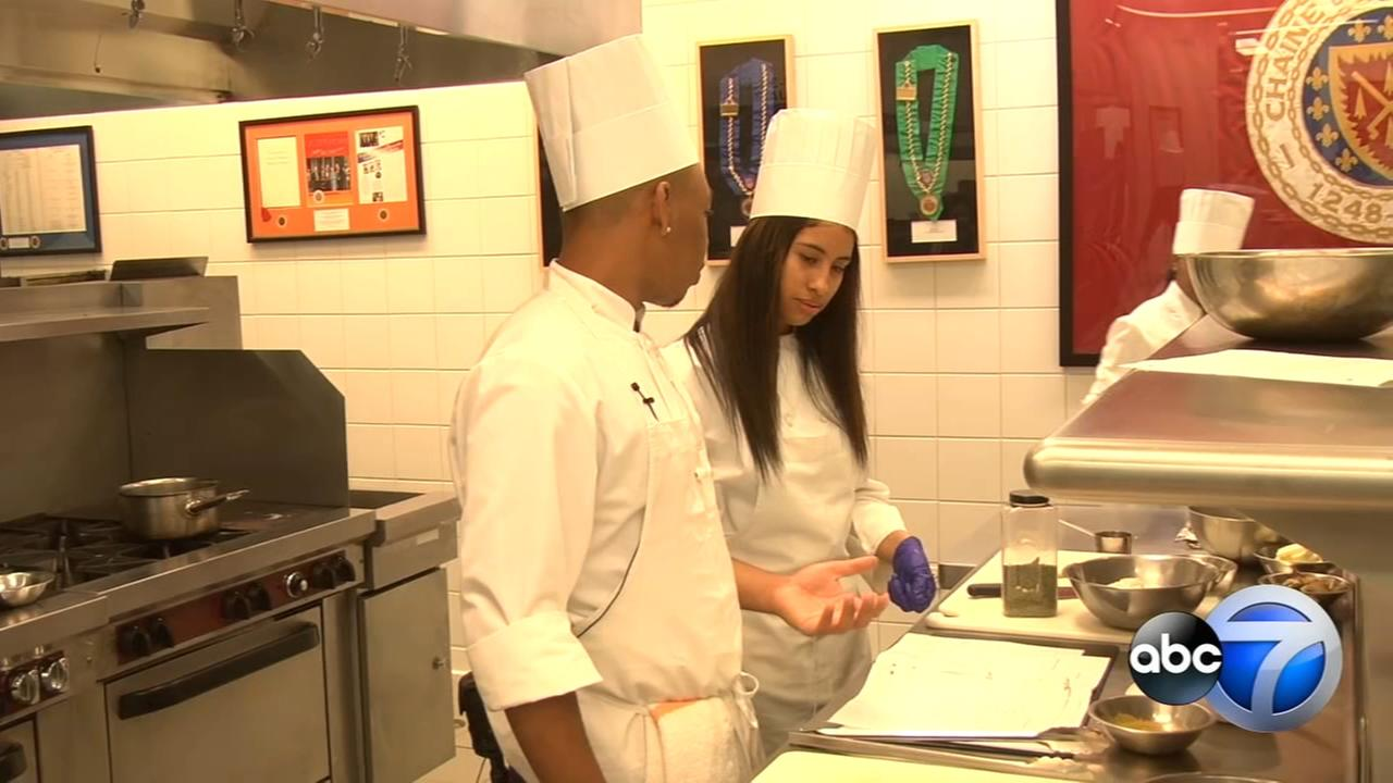 Culinary camp treats Chicagos under-served teens