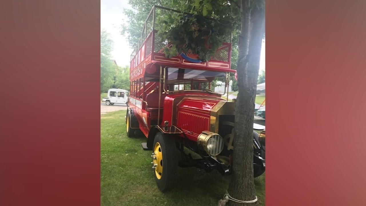 Boys accidentally crash Disney bus at auto museum