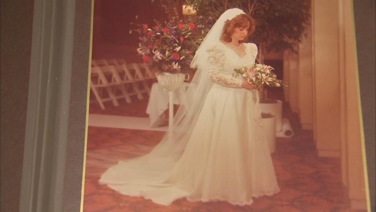 Woman discovers wedding dress mix-up 30 years after wedding