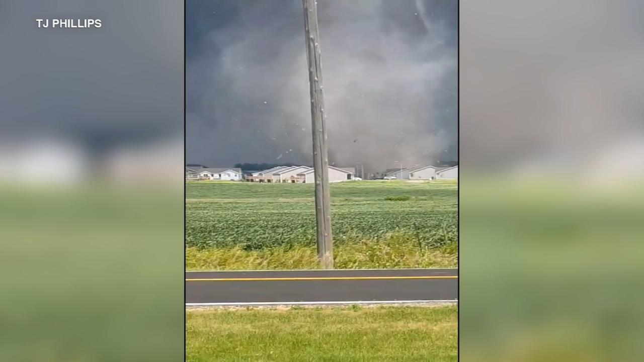 Tornadoes hit several Iowa towns