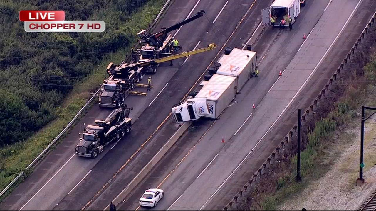 Semi-trailer overturns on Indiana Toll Road, WB lanes blocked