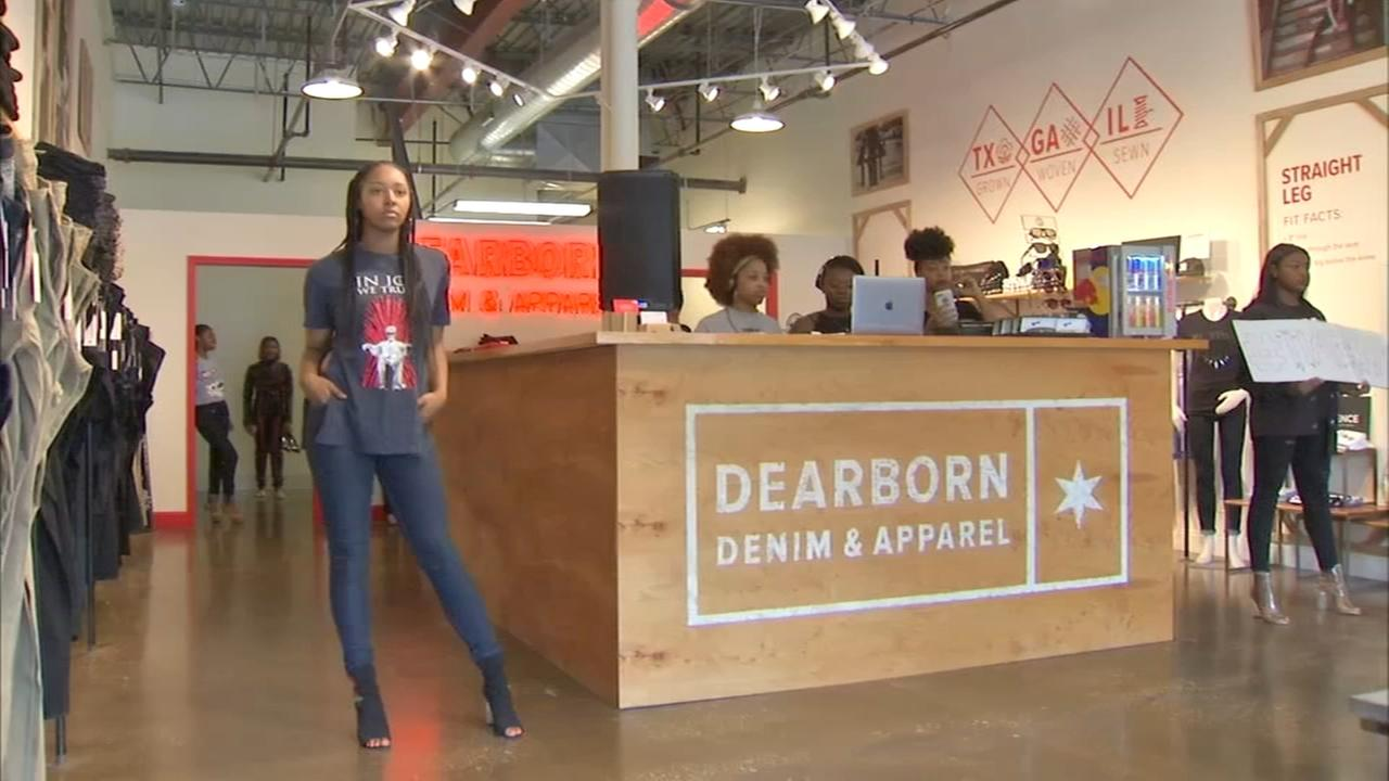 South Shore fashion program provides scholarships, self-confidence to young models