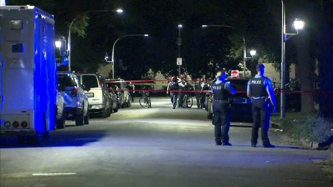 3 children, man shot in Lawndale