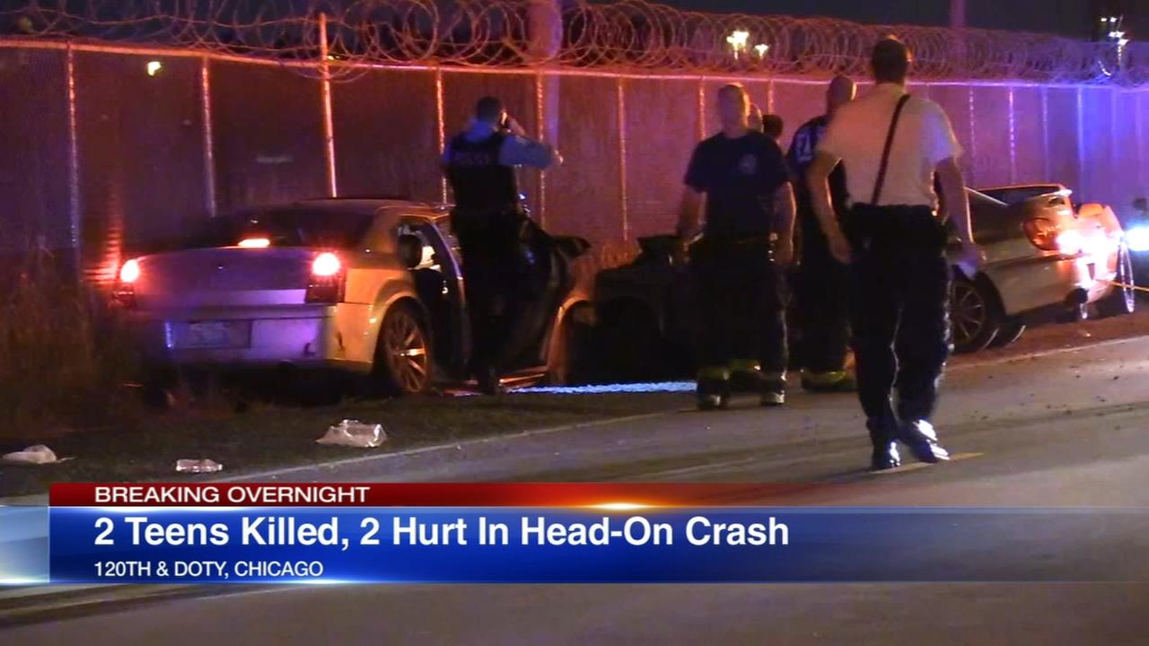 2 killed, 2 injured in head-on crash on Far South Side
