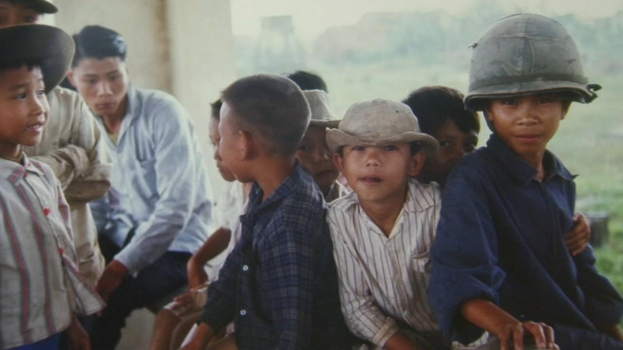 Children photographed during Vietnam War found decades later, photographed again