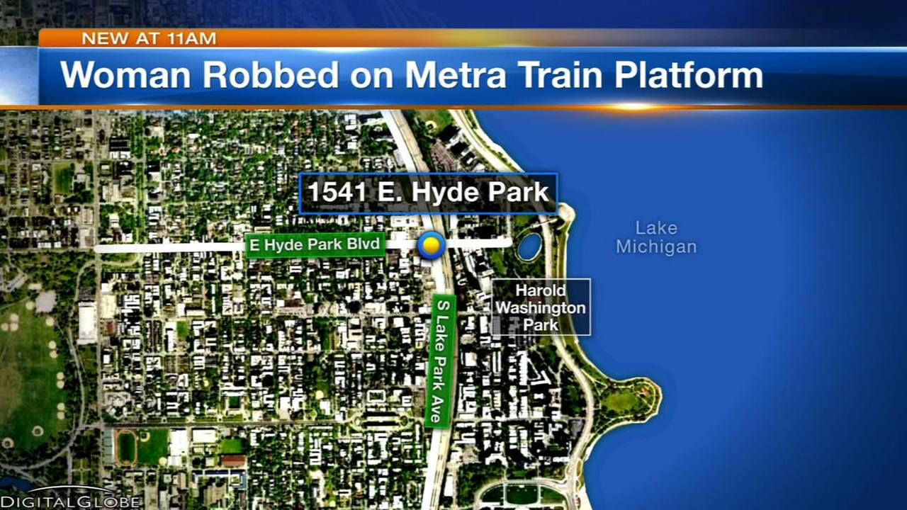 Woman robbed on Metra platform in Hyde Park