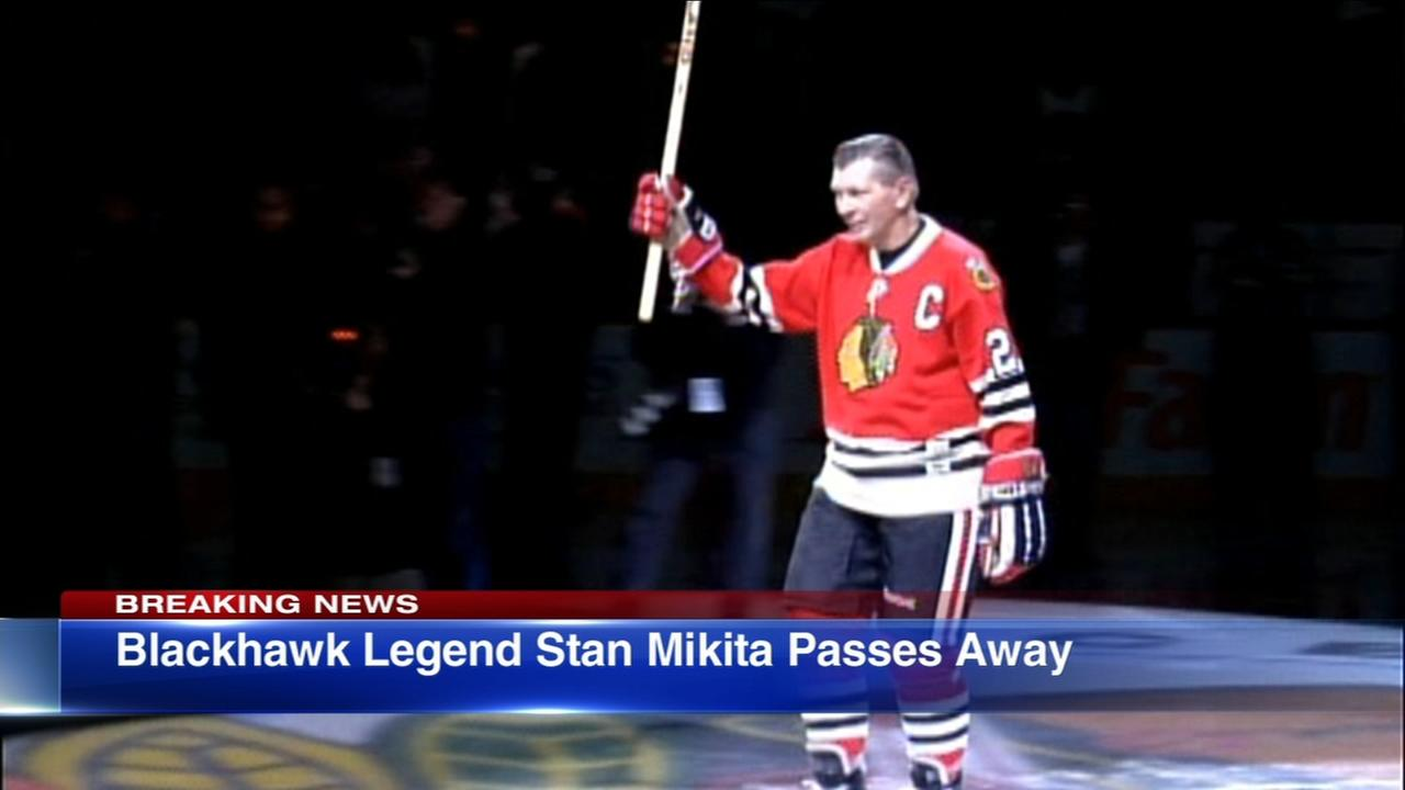 Blackhawks legend Stan Mikita dies at 78