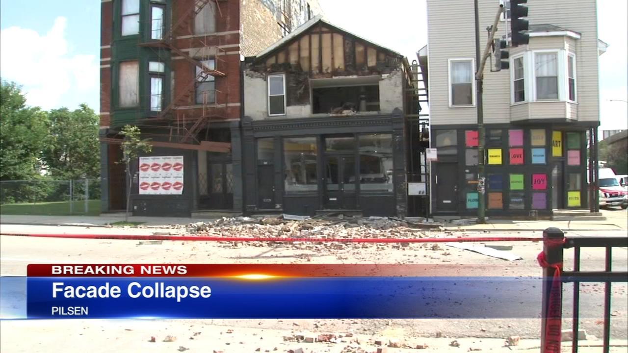 Building facade collapses in Pilsen
