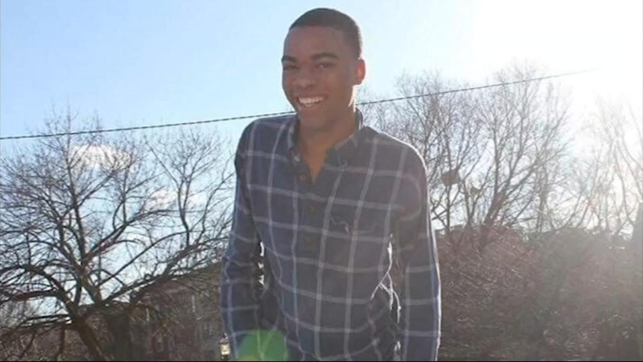 Lane Tech student struck by Metra train mourned at emotional memorial