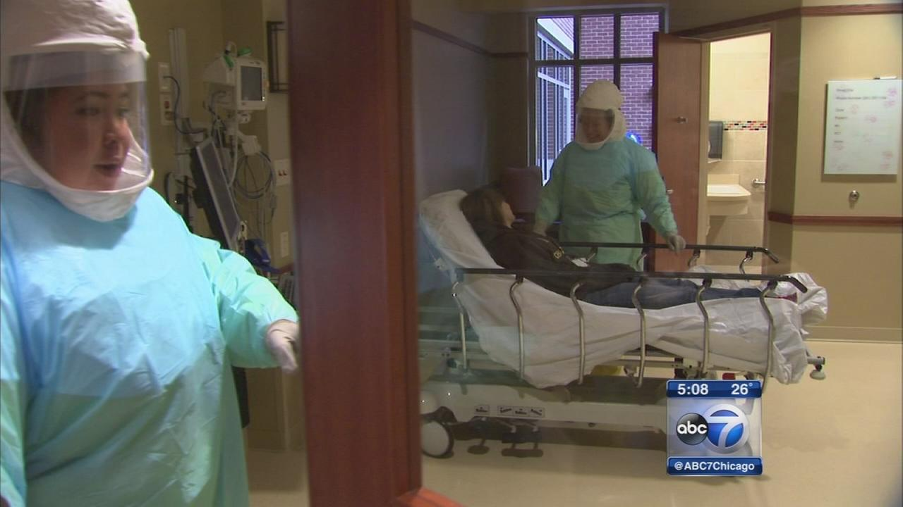 Elmhurst hospital staff receives Ebola training