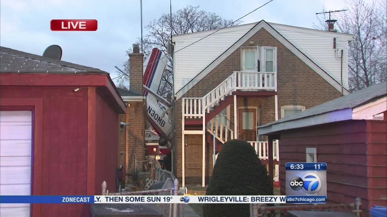 Chicago plane crashes into home near Midway