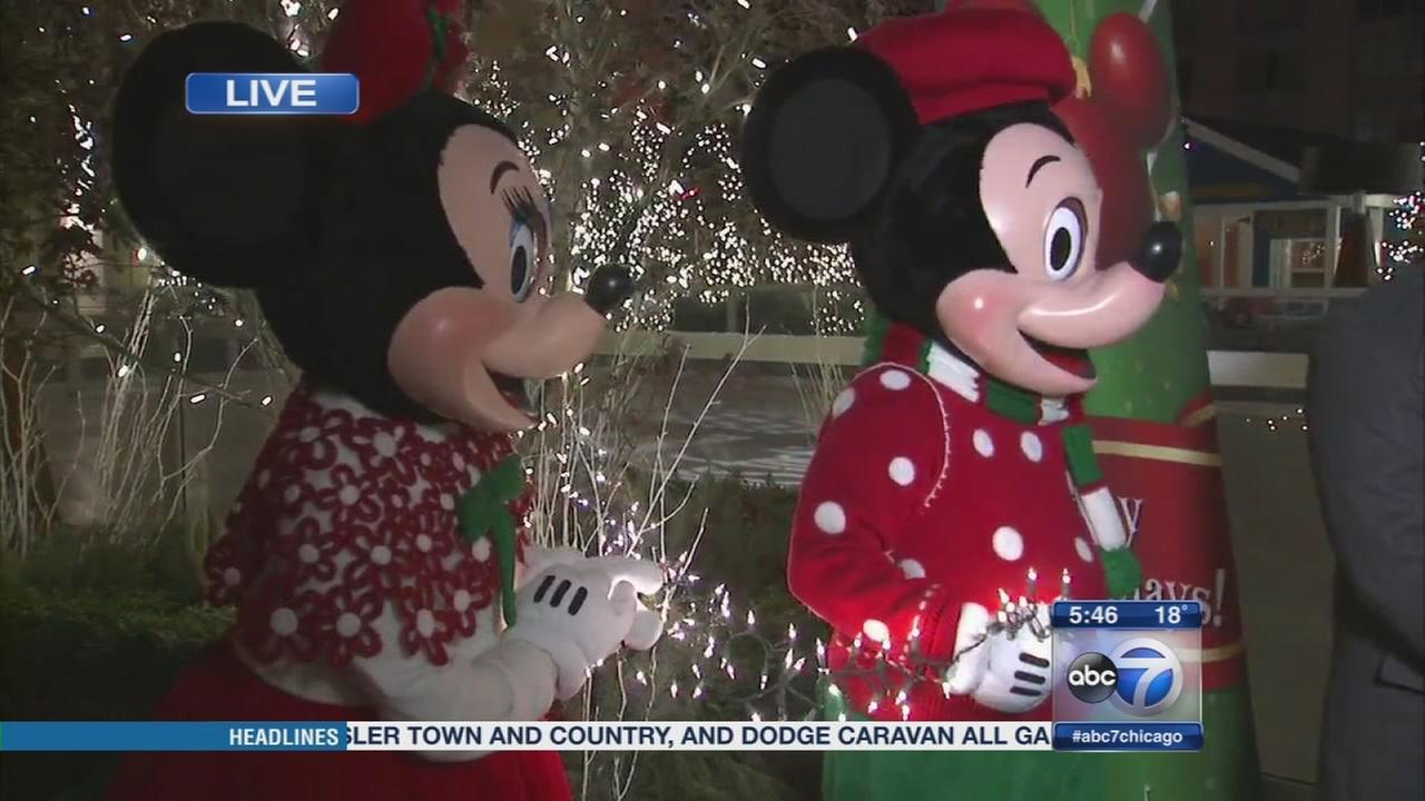 Mickey, Minnie Mouse test lights for Mag Mile festival