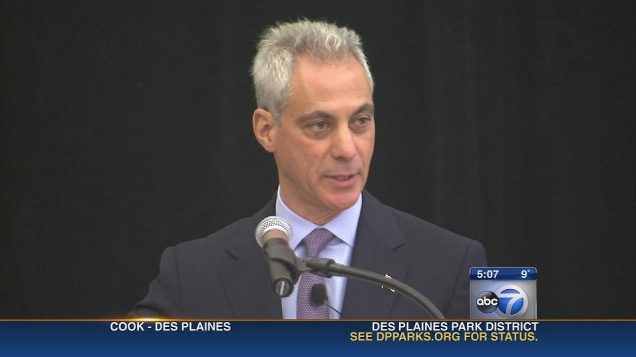 Emanuel focuses on education during campaign trail