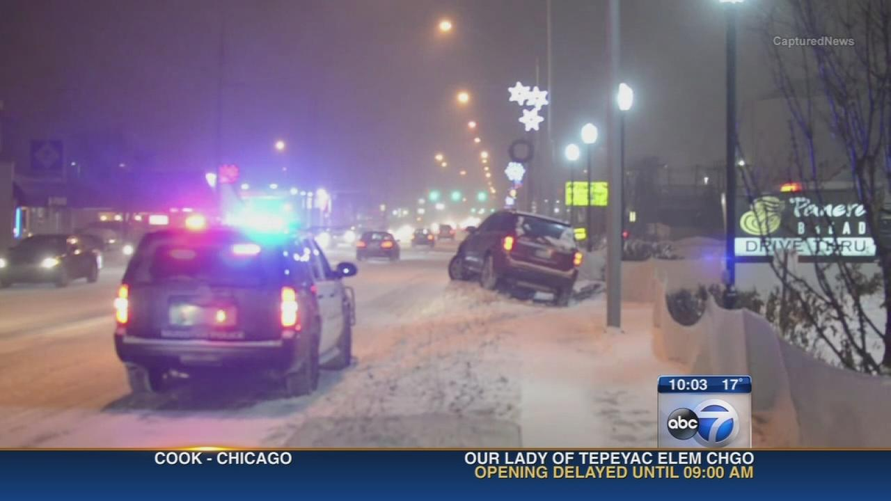 Snow, winds snarls evening commute