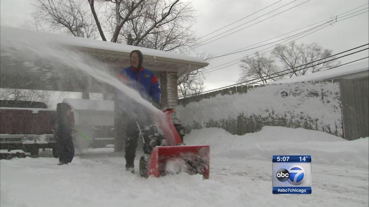 Northwest Indiana deals with lake effect snow
