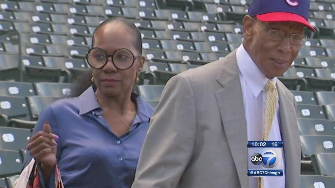 Family disputes Ernie Banks will
